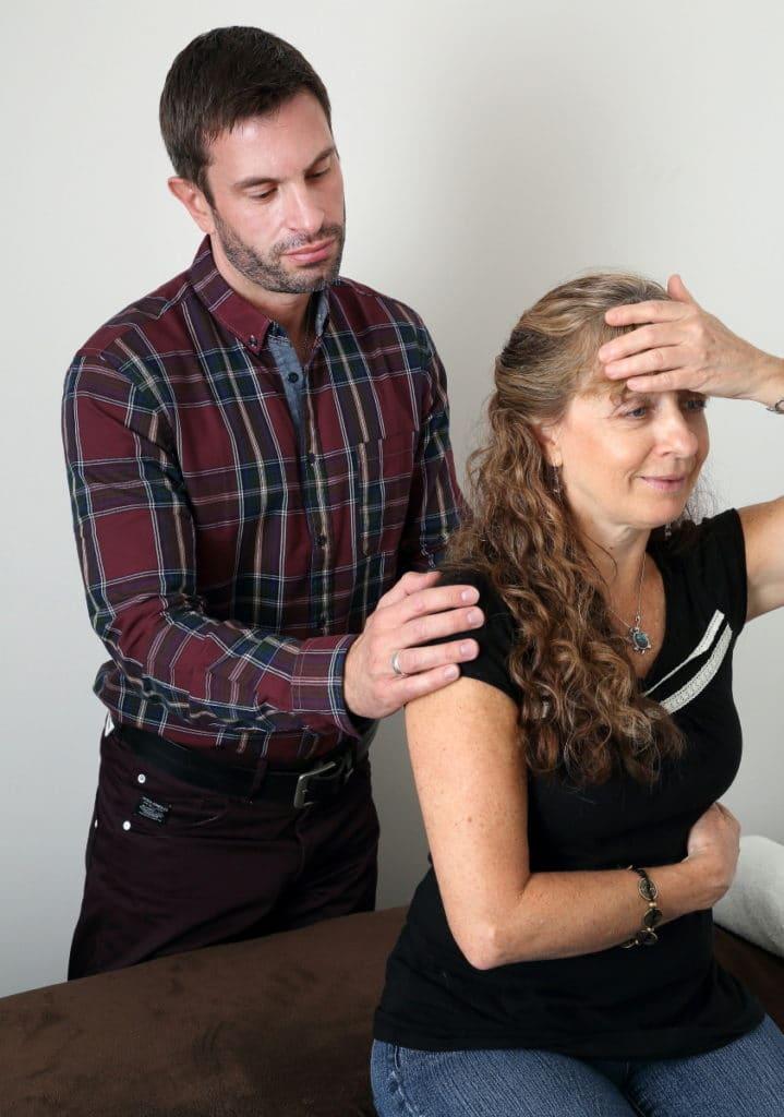 traitement neuro-emotionnel en Kinesiologie (technique de chiropractie)
